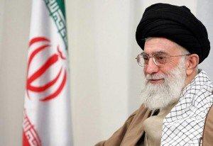 L'Iran ne cédera pas face aux sanctions américaines et européennes ! [Ali Khamenei] khamenei_01-300x206
